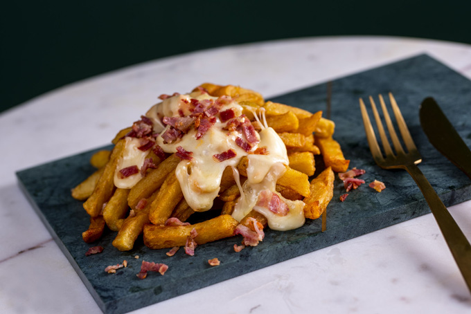 La carte - Les frites raclette fondue et poitrine grillée